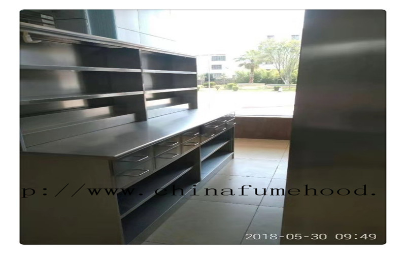 Specialized Supply Stainless Steel Laboratory Workbench Stainless Steel Lab Furniture For Oversea Importers and Dealers
